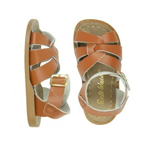 Salt water toddler sandals on monkeysmiles